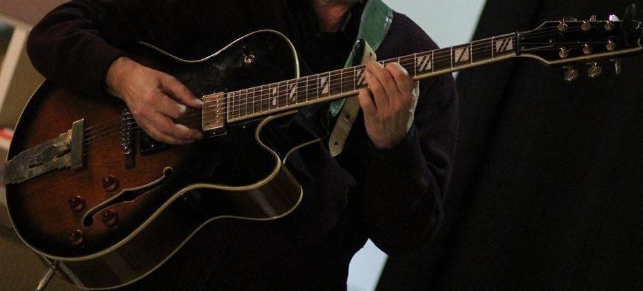 chitarra jazz23