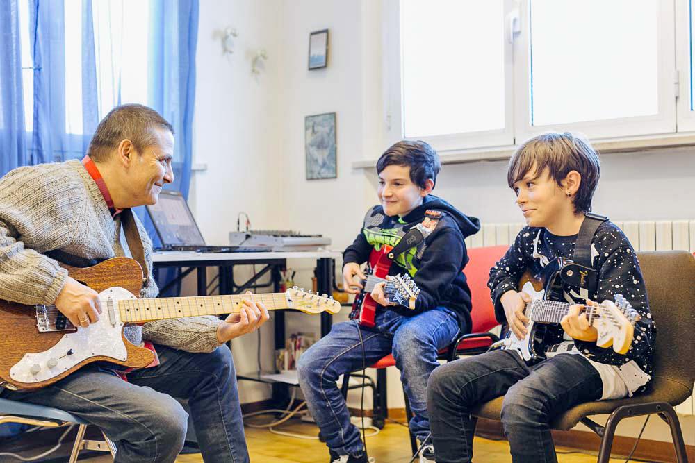 corsi di Chitarra Elettrica scuola musicale Arsmusica