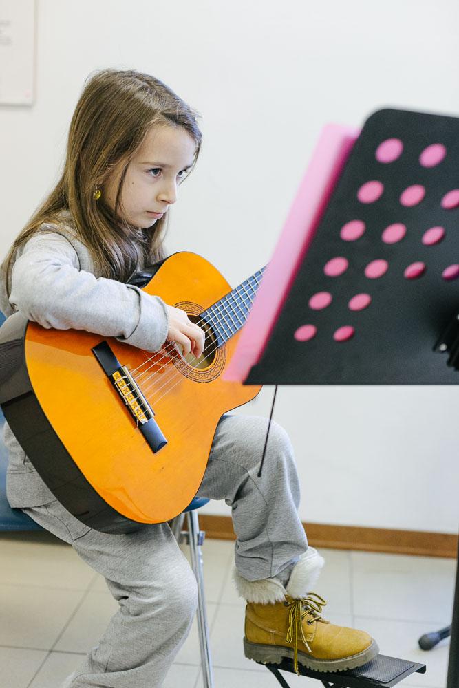 corsi di chitarra moderna scuola musicale ARS Musica